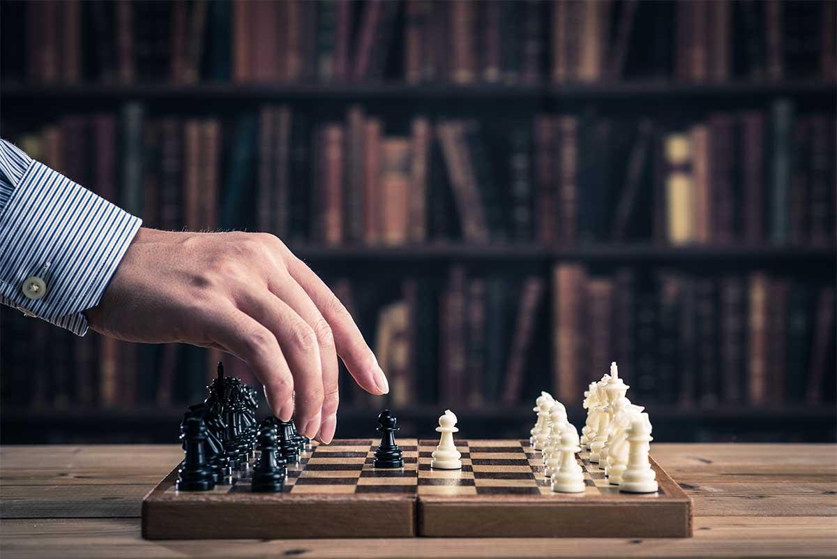 Apprendre les règles du jeu d'échecs