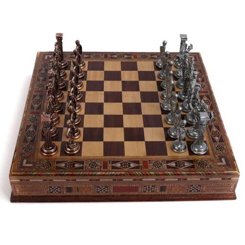 jeu d'échecs de luxe en cuivre et métal